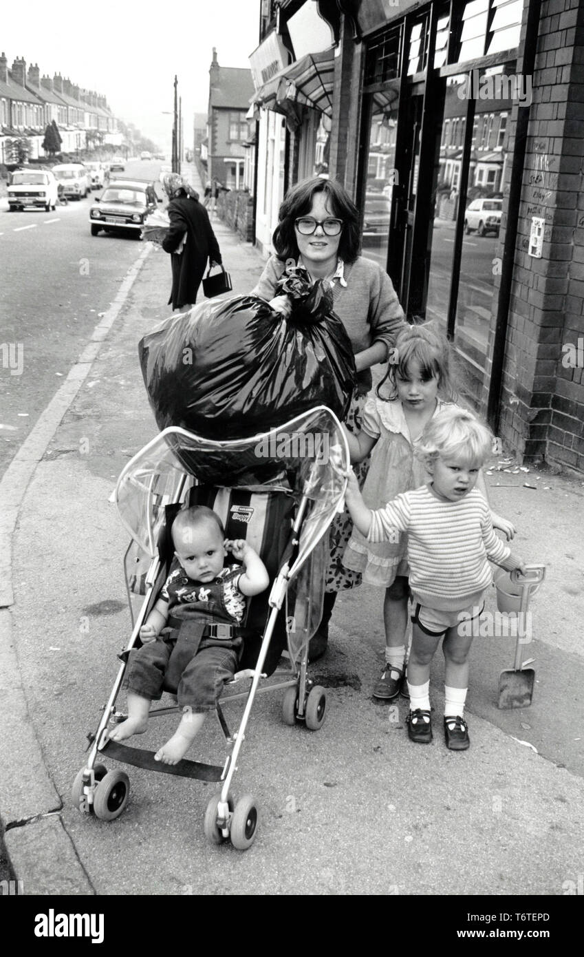 Young mother 1985 UK - Stock Image