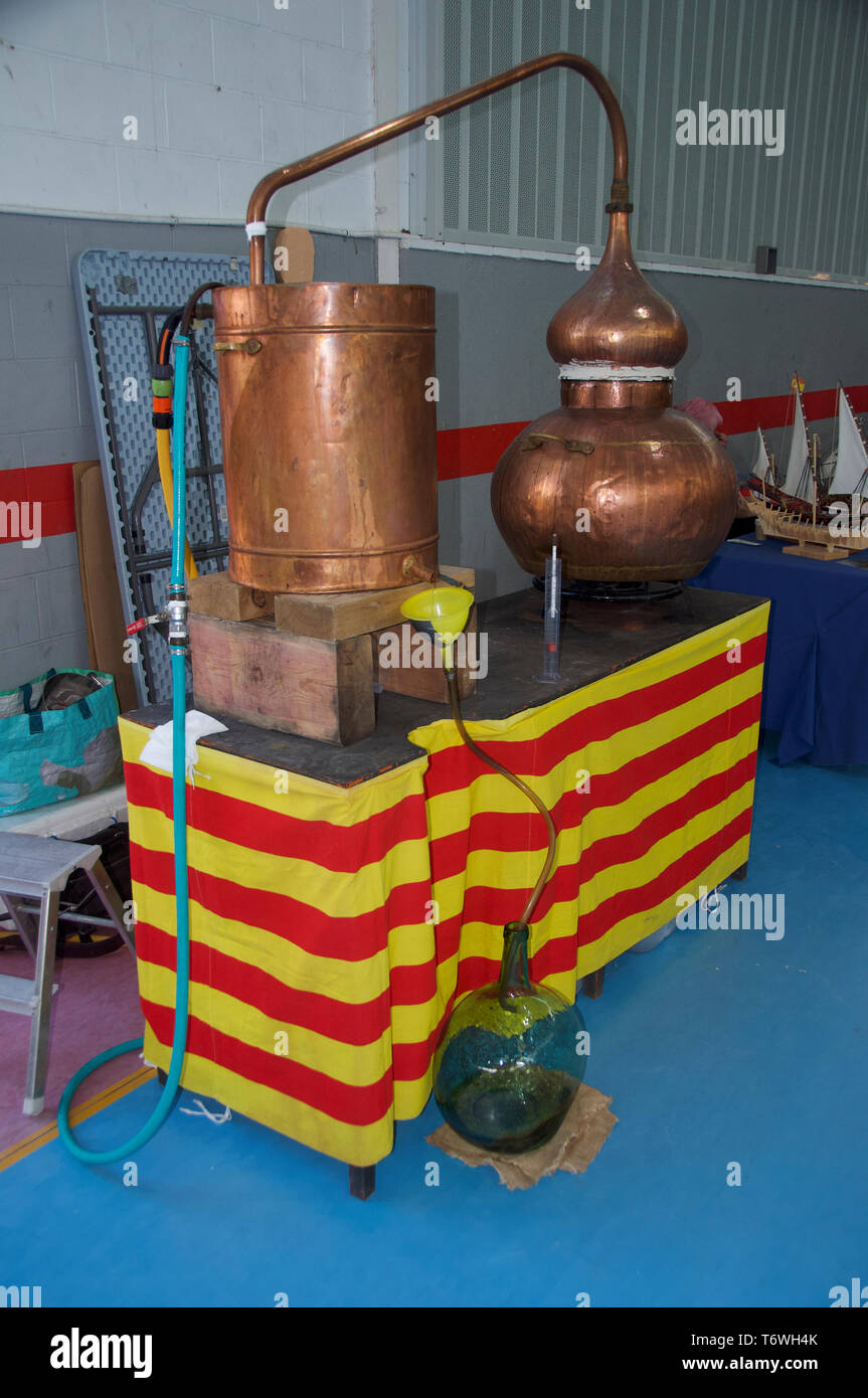 a copper still for brewing alcohol Catalunya - Stock Image