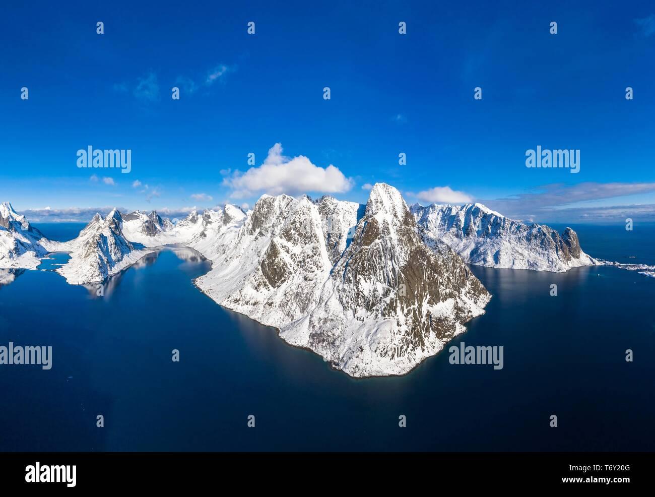 View of mountains and fjords near Reinebringen, Olstinden, Moskenesoya, Lofoten, Norway - Stock Image
