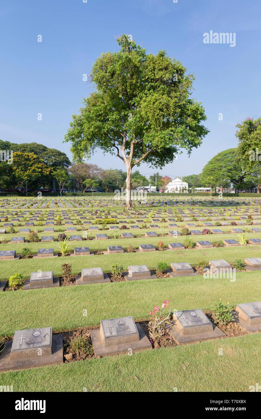 The War Cemetery, Kanchanaburi, Thailand - Stock Image