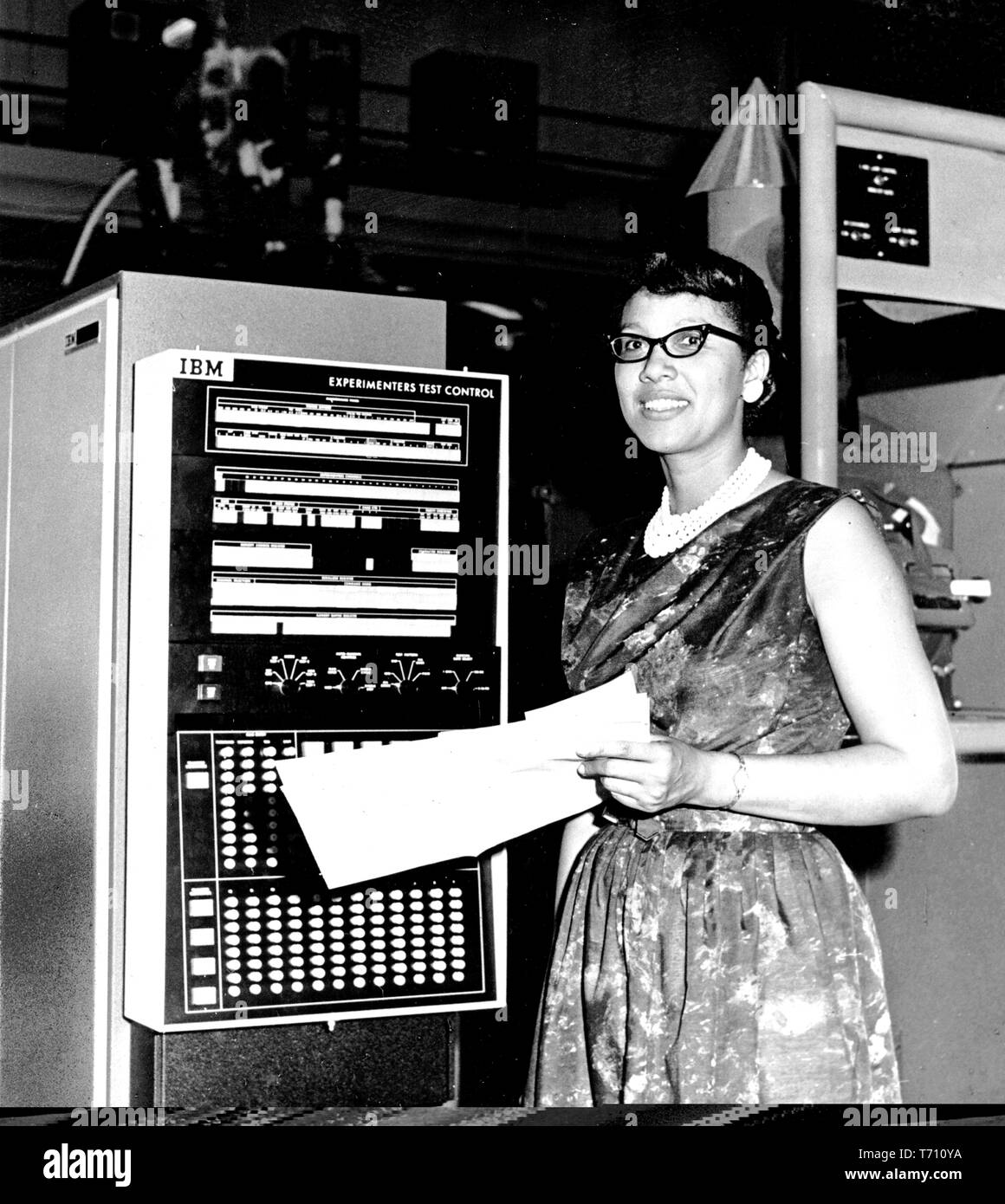 Half length portrait of Melba Roy Mouton, Assistant Chief of Research Programs at NASA and head of the group of NASA mathematicians, 1964. Image courtesy National Aeronautics and Space Administration (NASA). () - Stock Image