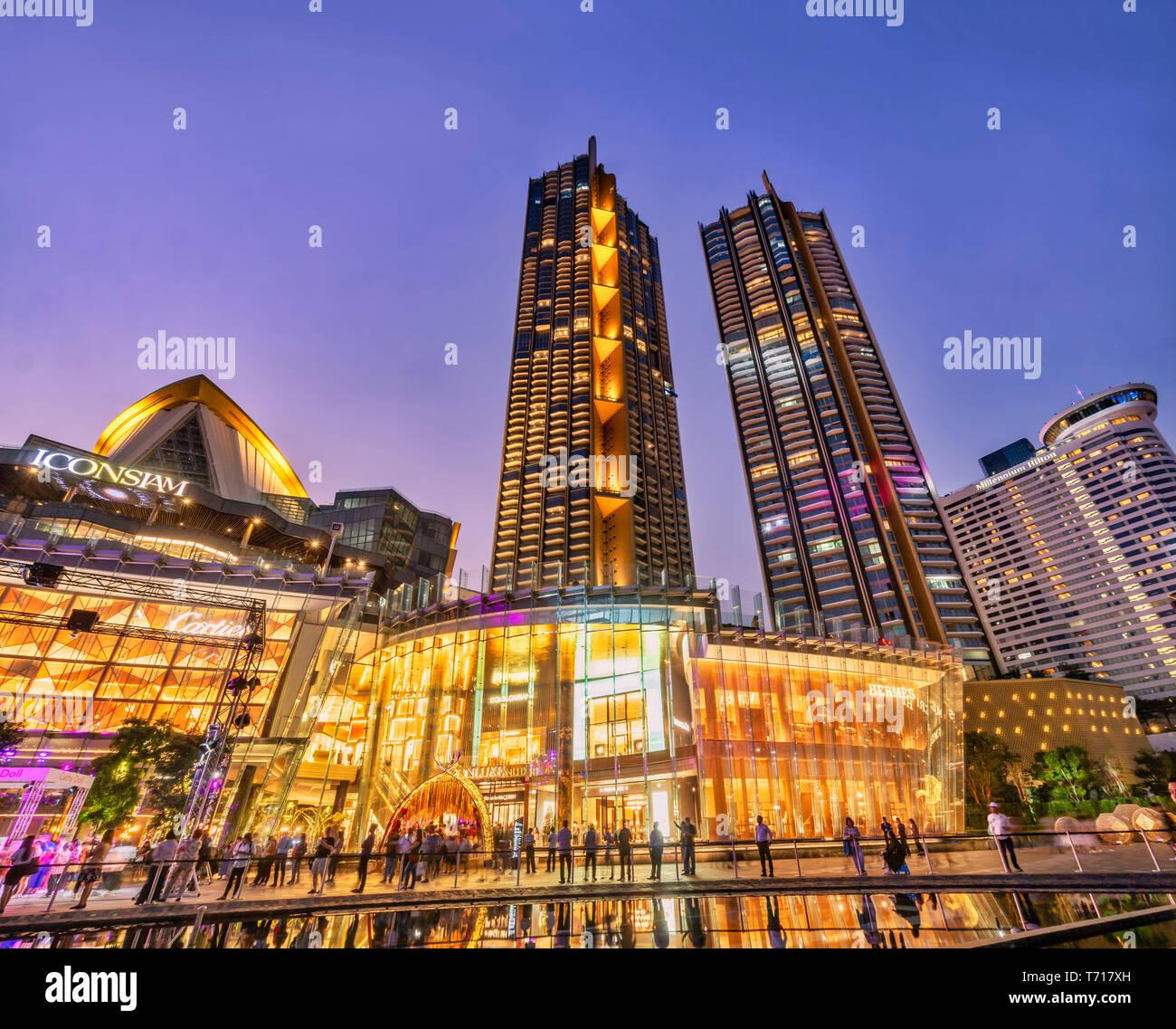 Icon Siam mall,  shopping mall , twilight, Bangkok, Thailand - Stock Image