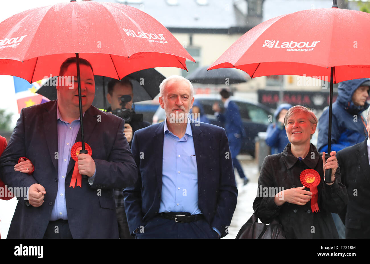Labour Party leader Jeremy Corbyn celebrates the election result for Trafford Council with Labour Party activists at the Waterside Arts Centre, Manchester following the voting in the English council elections. - Stock Image