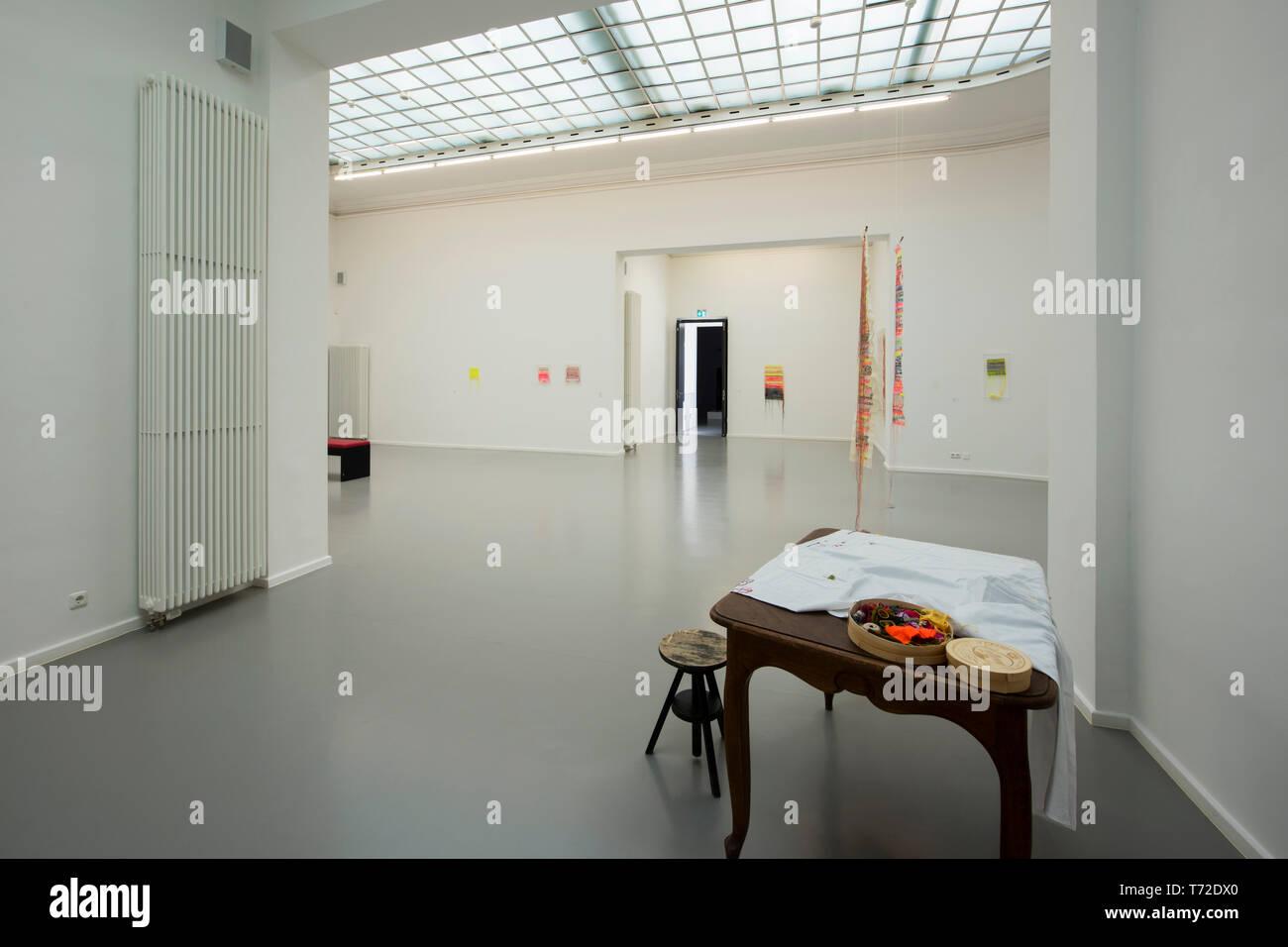 Deutschland, NRW, Düren, Leopold-Hoesch-Museum, Austellungsraum - Stock Image