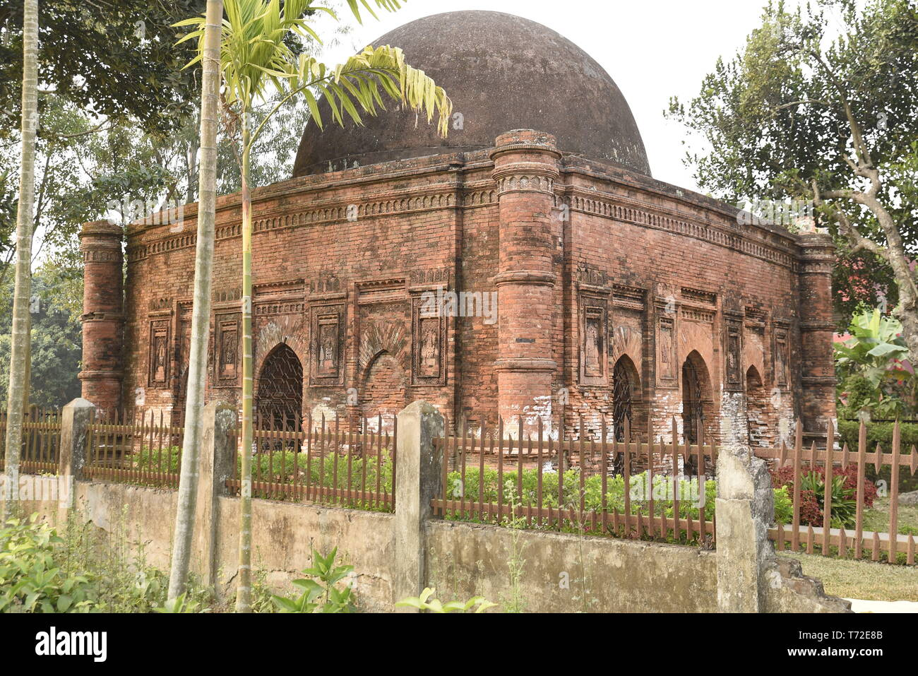 The ancien Goaldi mosque, historic monument in Bangladesh - Stock Image