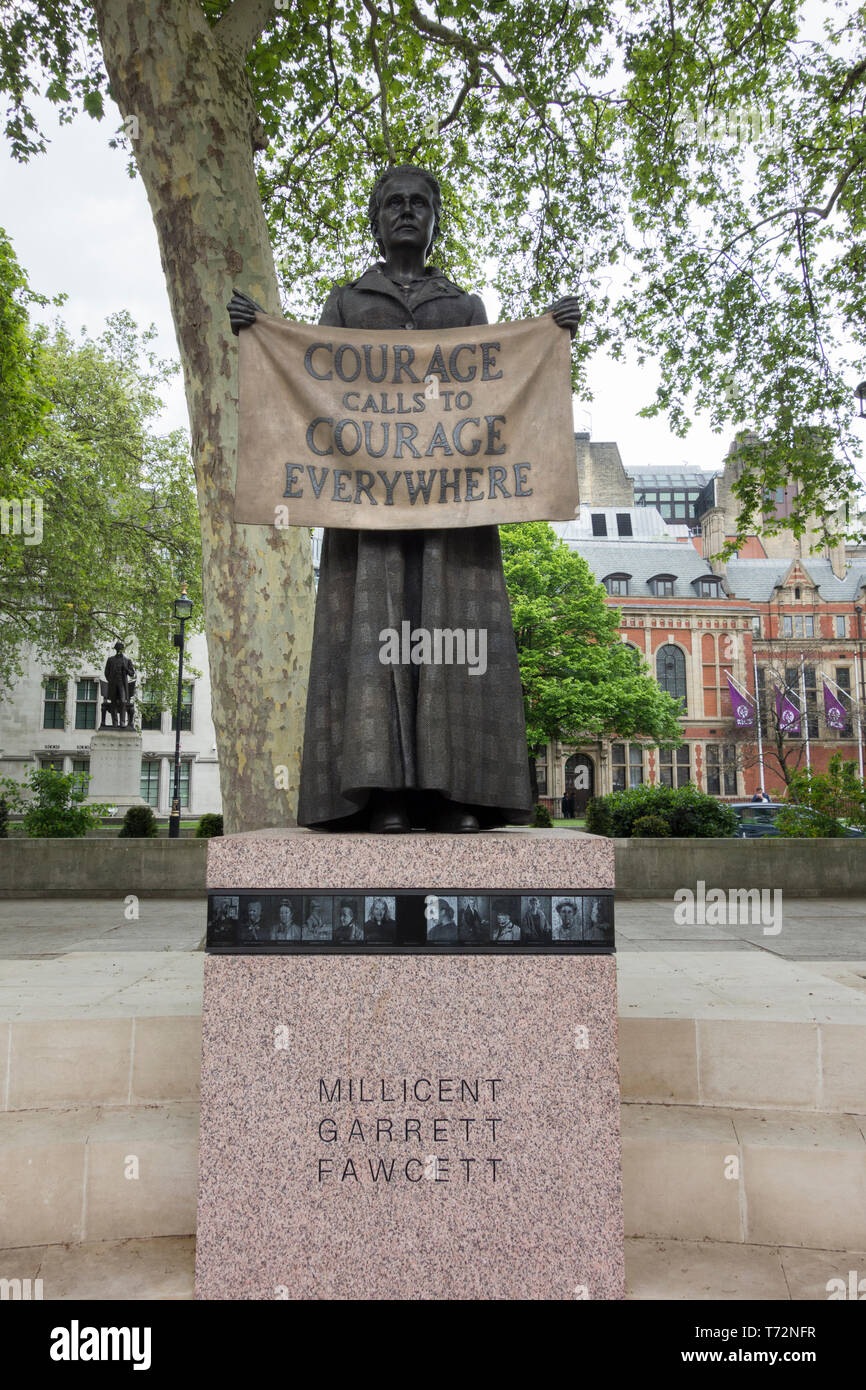 'Courage calls to courage everywhere'  - Gillian Wearing's bronze statue of Millicent Fawcett in Parliament Square, London, England, UK - Stock Image