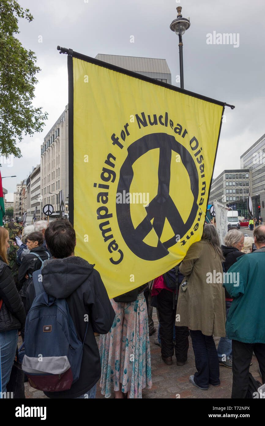 London: CND protest against Royal Navy National Service of Thanksgiving to mark 50 years of 'Continuous At Sea Deterrent' (CASD) in Westminster Abbey. - Stock Image
