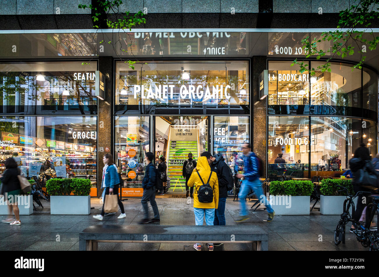 Planet Organic Store & Cafe London, the Planet Organic store in Tottenham Court Road in central London. The chain was founded in the UK in 1995 - Stock Image