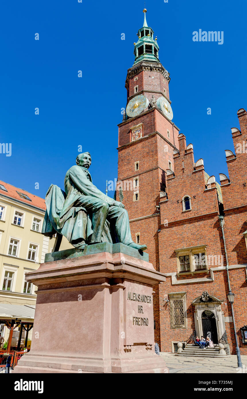 Wroclaw, Lower Silesian province, Poland. Aleksander Fredro memorial opposite to the old city hall. Market Square, Old Town district Stock Photo