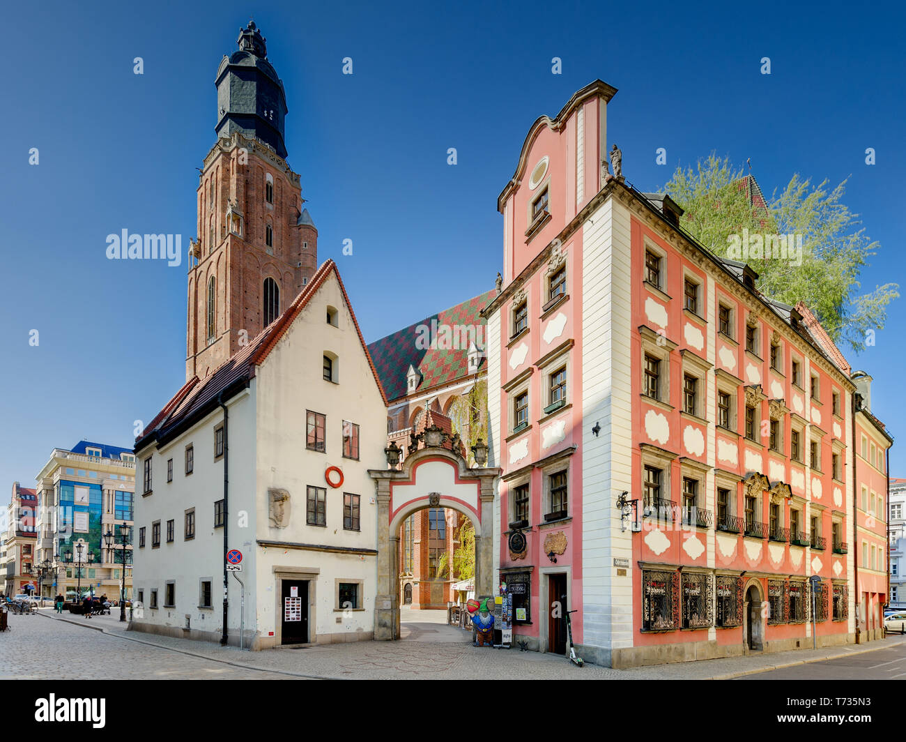 Wroclaw, Lower Silesian province, Poland. 15th cent. medieval tenement houses, called 'Jas i Malgosia'. Stock Photo