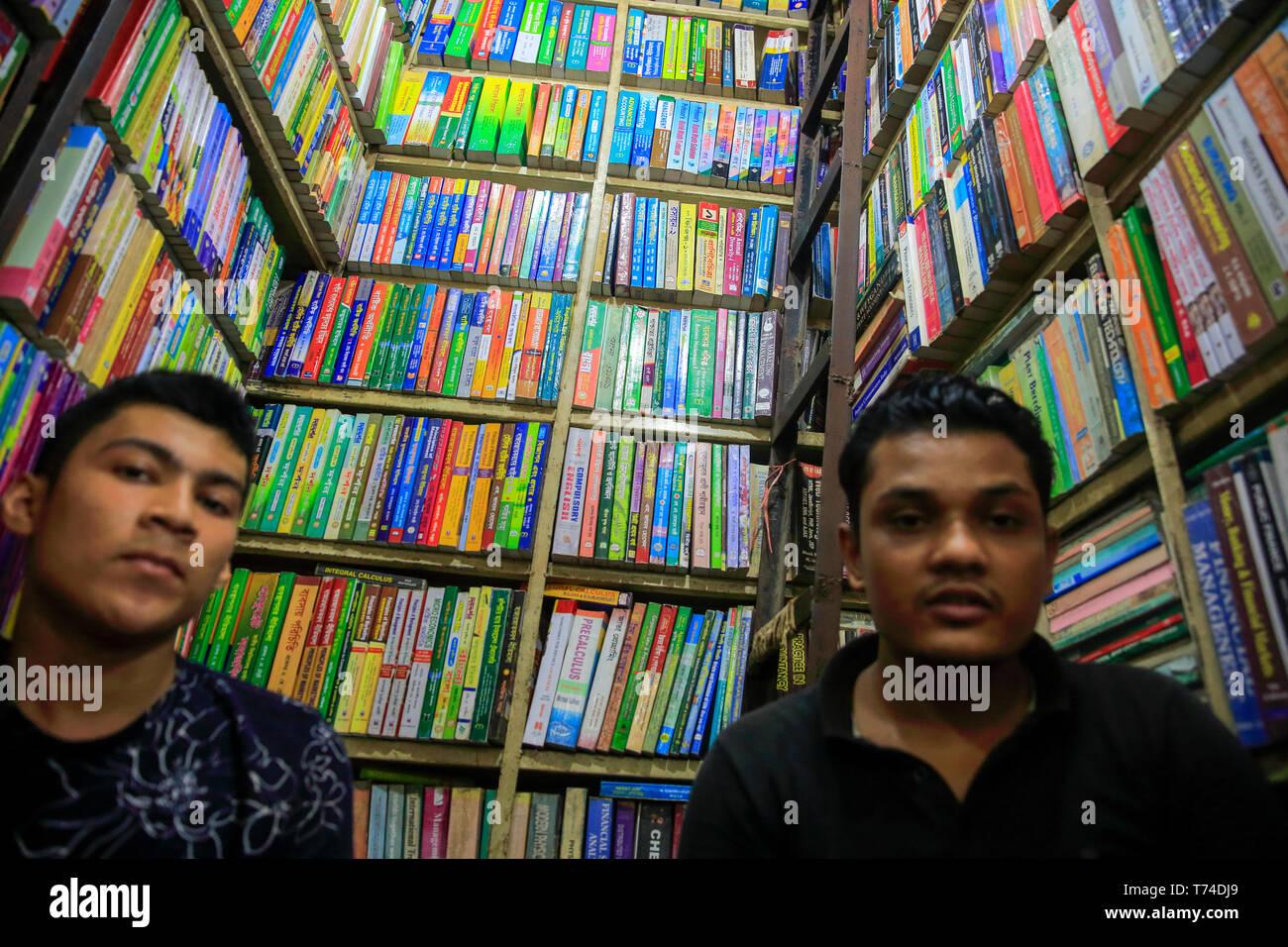 A bookshop at Nilkhet book market, Dhaka, Bangladesh. - Stock Image