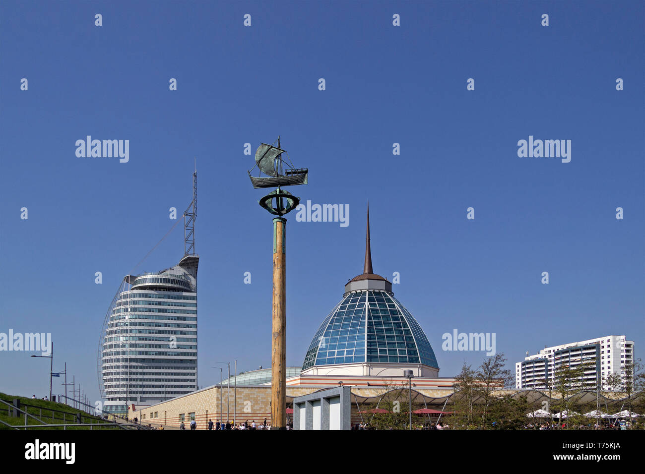 ATLANTIC Hotel Sail City, sailing ship memorial and Mediterraneo, Bremerhaven, Bremen, Germany - Stock Image