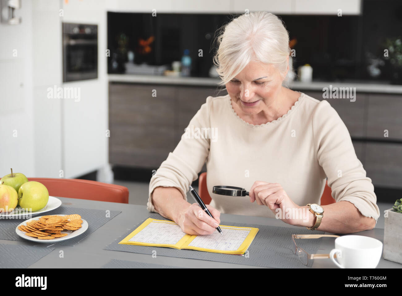 Woman Crossword Puzzle High Resolution Stock Photography And Images Alamy