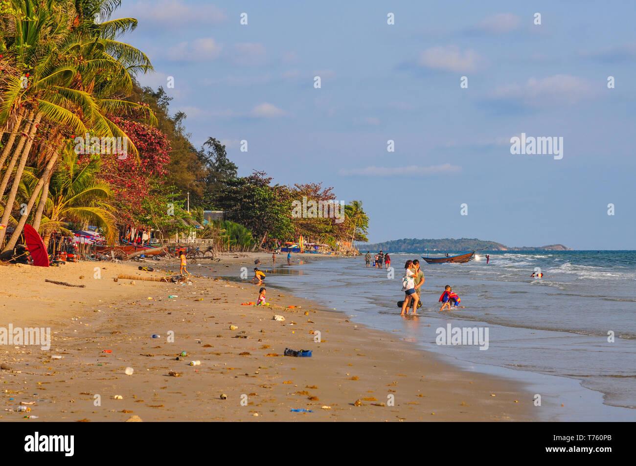 Thailand beach pollution - Stock Image