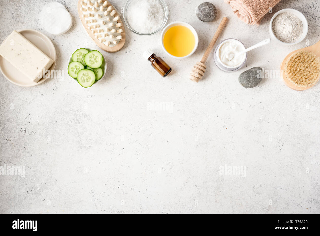 Page 3 Natural Skincare High Resolution Stock Photography And Images Alamy