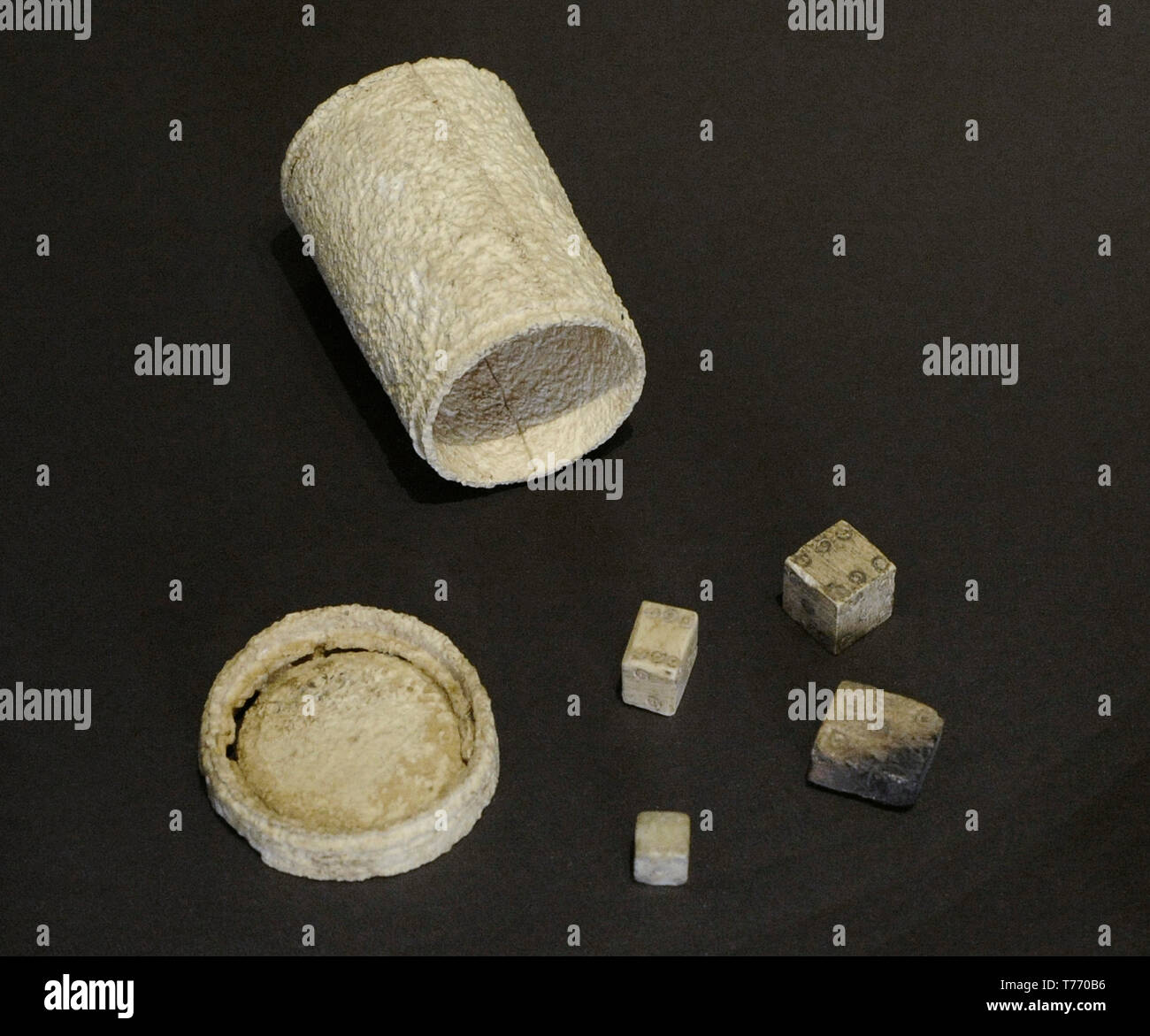 Roman Game Dice High Resolution Stock Photography And Images Alamy
