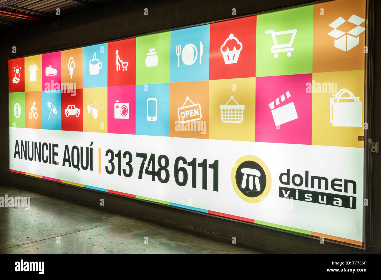 Cartagena Colombia Bocagrande Square Mall Plaza exterior sign vertical shopping center centre shopping inside backlit billboard advertise here Spanish Stock Photo