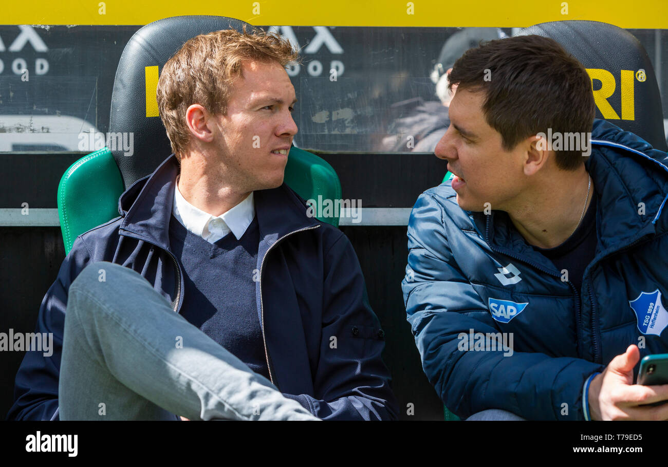 sports, football, Bundesliga, 2018/2019, Borussia Moenchengladbach vs. TSG 1899 Hoffenheim 2-2, Stadium Borussia Park, head coach Julian Nagelsmann (TSG) left and team manager Timmo Hardung (TSG), DFL REGULATIONS PROHIBIT ANY USE OF PHOTOGRAPHS AS IMAGE SEQUENCES AND/OR QUASI-VIDEO - Stock Image