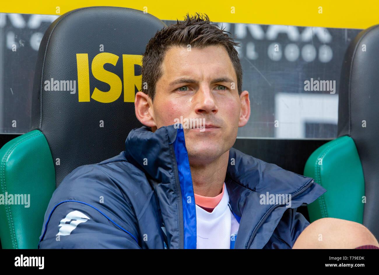 sports, football, Bundesliga, 2018/2019, Borussia Moenchengladbach vs. TSG 1899 Hoffenheim 2-2, Stadium Borussia Park, players bench, keeper Alexander Stolz (TSG), DFL REGULATIONS PROHIBIT ANY USE OF PHOTOGRAPHS AS IMAGE SEQUENCES AND/OR QUASI-VIDEO - Stock Image