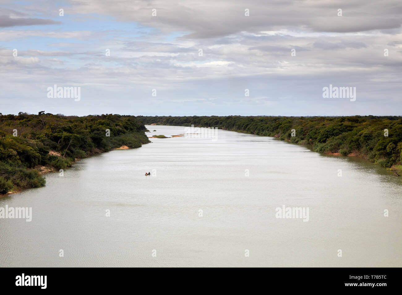 Rio Tacutu between border towns Bonfim in Brazil and Lethem in Guyana South America - Stock Image