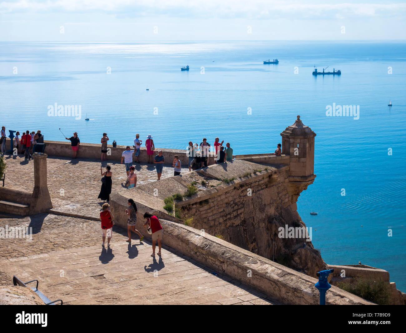 Vistas del Mar Mediterráneo desde el Castillo de Santa Bárbara. Alicante. Comunidad Valenciana. España - Stock Image