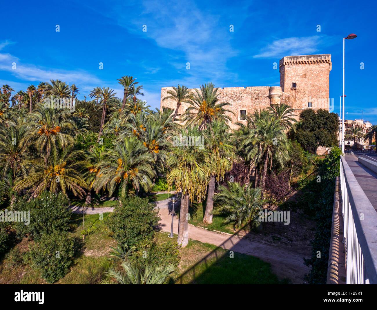 El Palacio De Altamira Sede Del Museo Arqueologico Y De Historia De