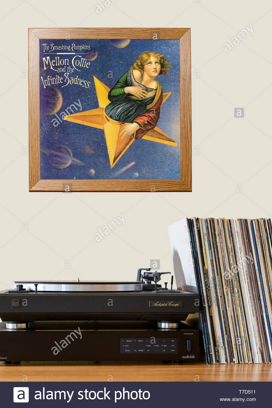 The Smashing Pumpkins, Mellon Collie and the Infinite Sadness Record player and framed album cover, England - Stock Image