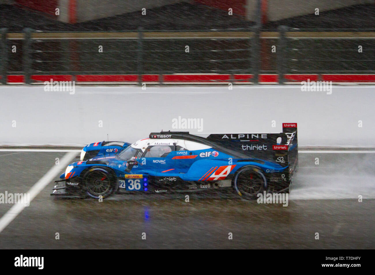Signatech Alpine Matmut LMP2 kicks up spray on the approach to Eau Rouge. WEC Total 6 Hours of Spa-Francorchamps 2019 Stock Photo