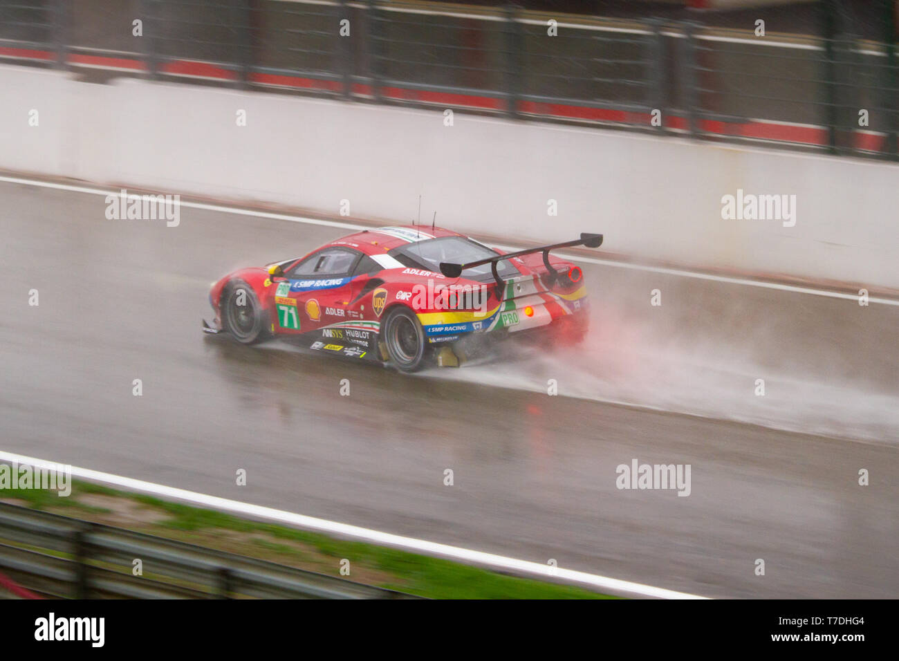 AF Corse Ferrari 488 kicks up spray on the approach to Eau Rouge. WEC Total 6 Hours of Spa-Francorchamps 2019 Stock Photo