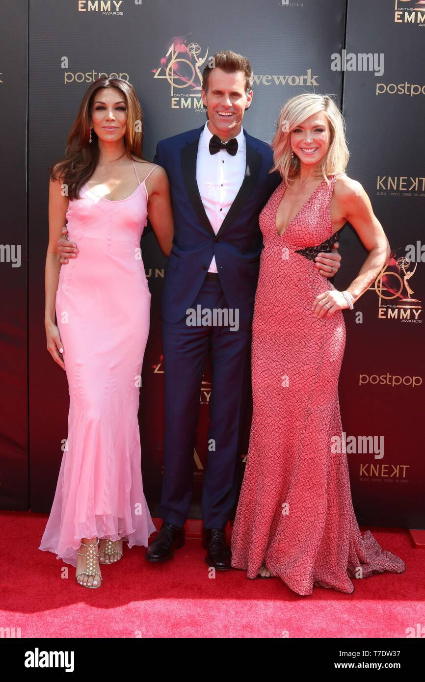 Vanessa Arevalo High Resolution Stock Photography And Images Alamy Let's know about their family in today's section. https www alamy com pasadena ca 5th may 2019 vanessa arevalo cameron mathison debbie matenopoulos at arrivals for 2019 daytime emmy awards arrivals pasadena civic center pasadena ca may 5 2019 credit priscilla granteverett collectionalamy live news image245552811 html