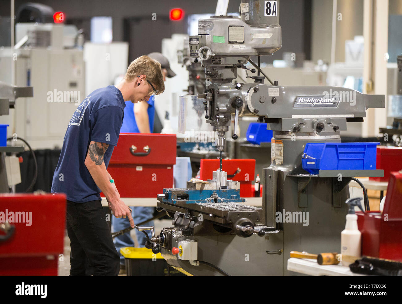 Toronto, Canada. 6th May, 2019. A student competes during the precision machining sector of the 2019 Skills Ontario Competition in Toronto, Canada, on May 6, 2019. The 2019 Skills Ontario Competition kicked off here on Monday, attracting more than 2,400 competitors. A broad range of skills and careers are represented at the three-day competition from across the manufacturing, transportation, construction, service, and technology sectors. Credit: Zou Zheng/Xinhua/Alamy Live News - Stock Image