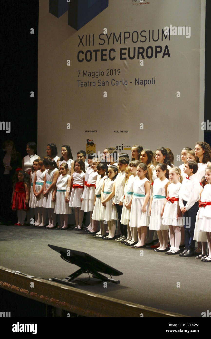 Naples, ITALY. 7th May, 2019. Italy - Naples 7 May 2019 Simpioso Cotec meets at the San carlo theater in Naples, in the picture, the chorus of the white voices of the enshrine that sang the national anthems Credit: Fabio Sasso/ZUMA Wire/Alamy Live News - Stock Image