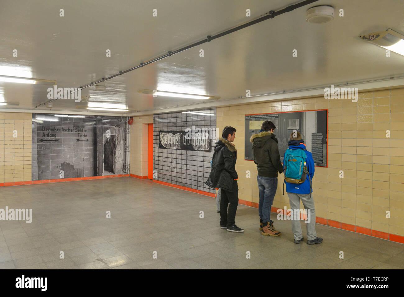 Ausstellung Nordbahnhof, Berliner Mauer, Mitte, Berlin, Deutschland - Stock Image