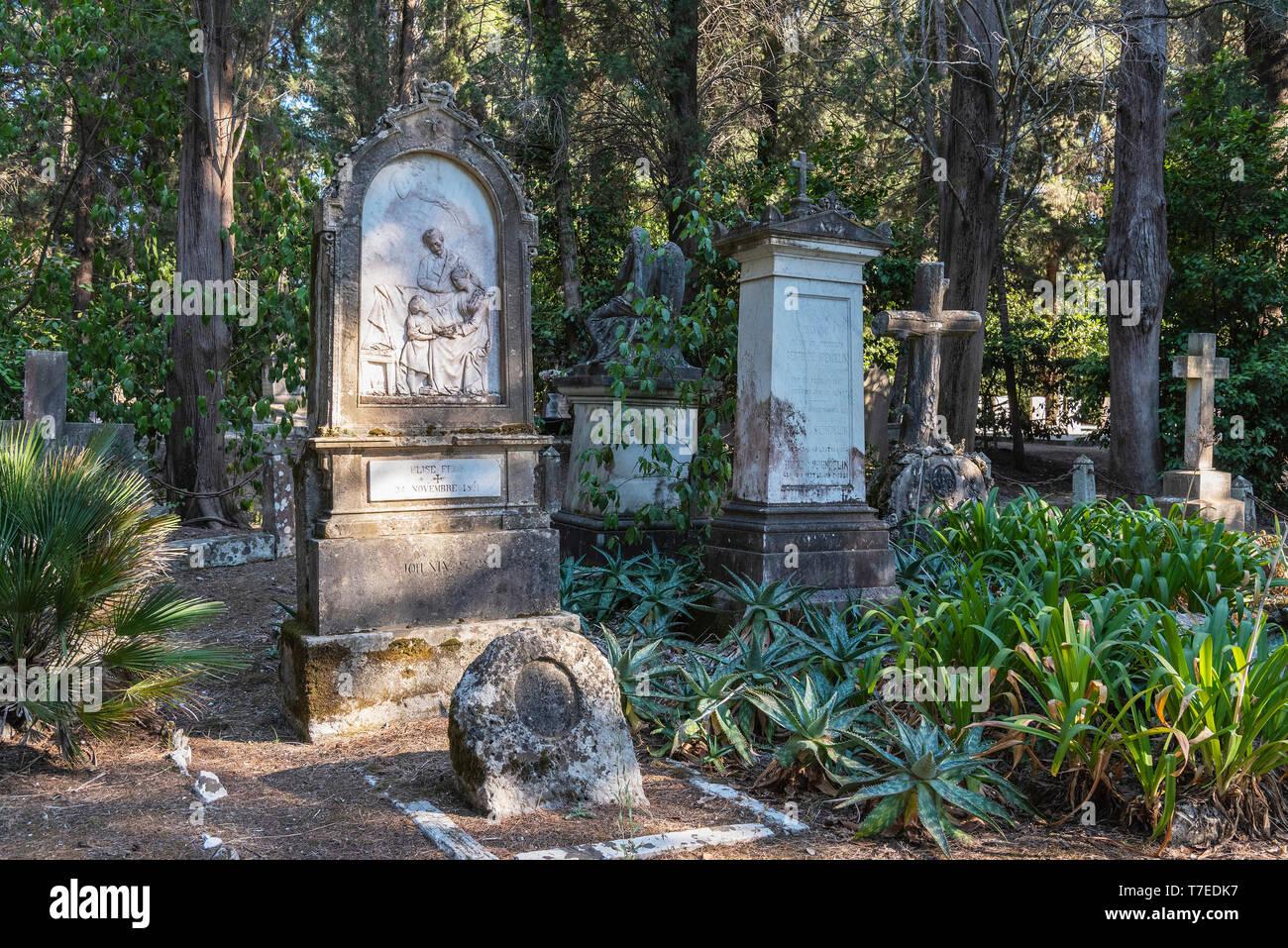 graves, british cemetery, Kerkyra, Corfu Island, Ionian Islands, Greece - Stock Image