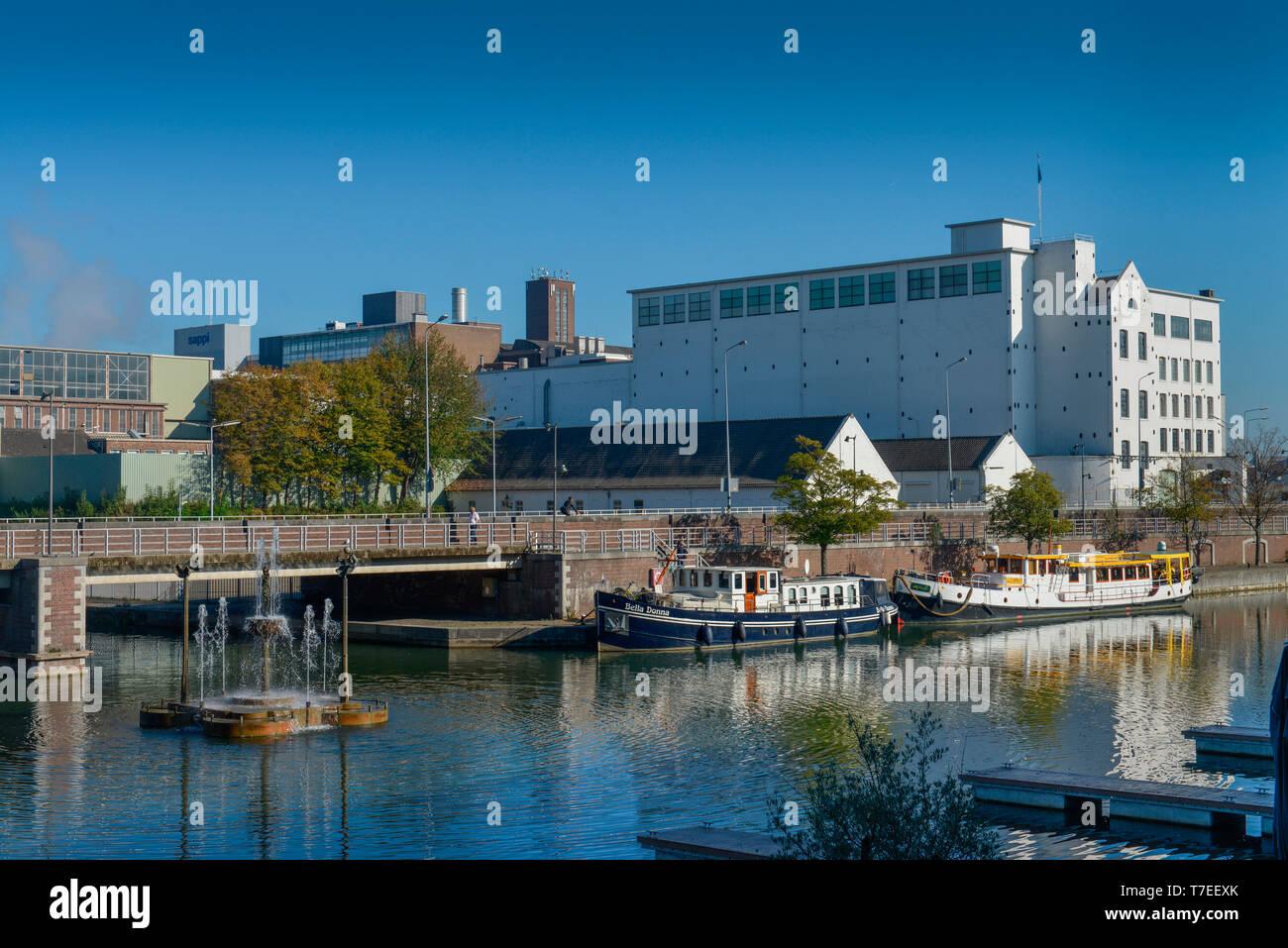 Binnenhafen Bassin, Maastricht, Niederlande Stock Photo