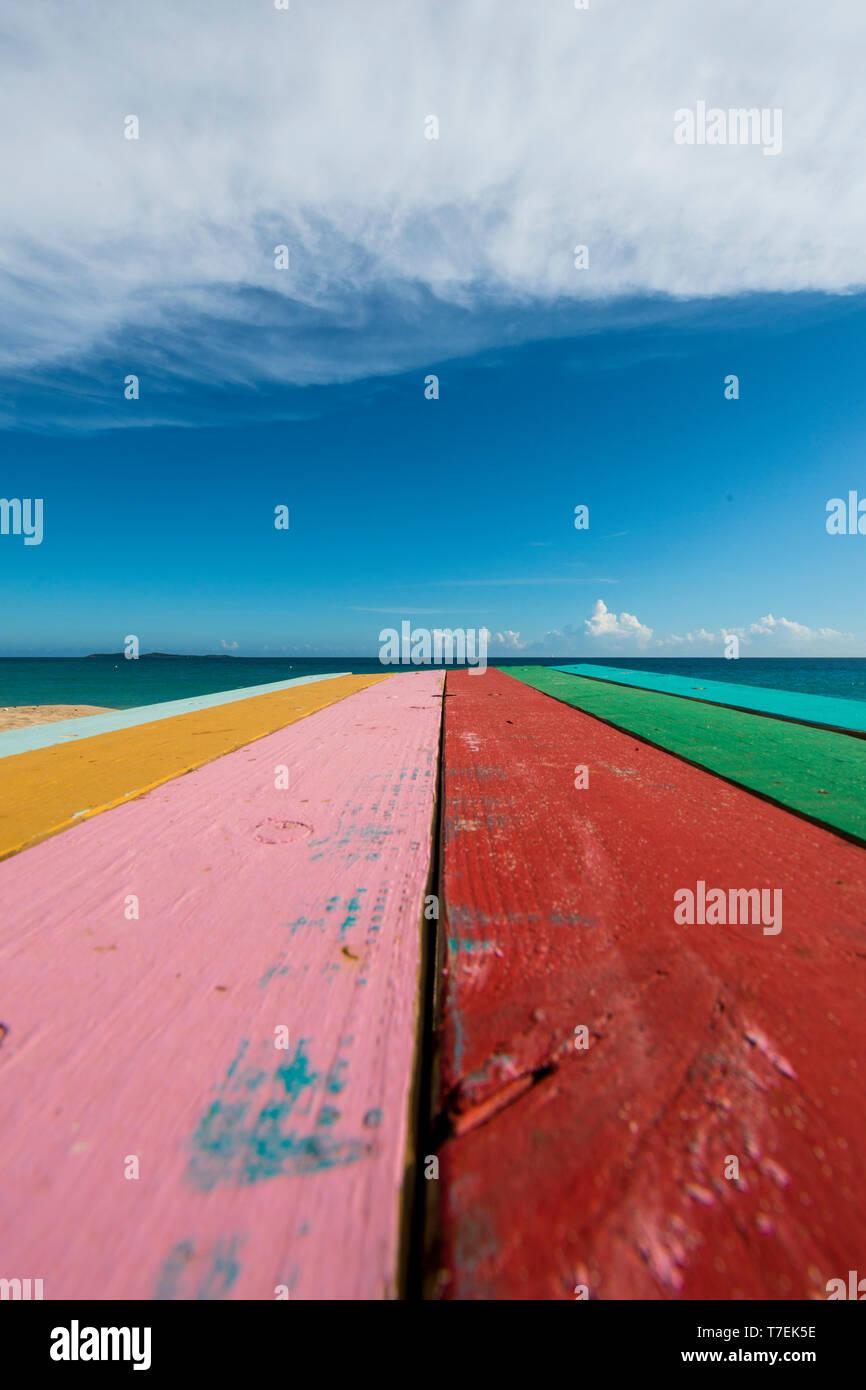 Picnic table, Marriott's Frenchman's Reef & Morning Star Beach Resort, Morningstar Beach, St. Thomas, US Virgin Islands. Stock Photo