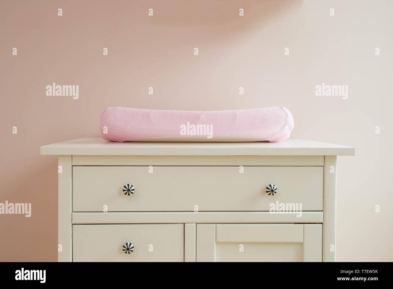 039ae7c95eee Baby Changing Room Stock Photos & Baby Changing Room Stock Images ...