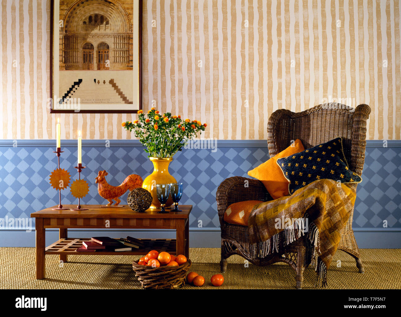 Room with bamboo striped effect wall and chequerboard dado - Stock Image