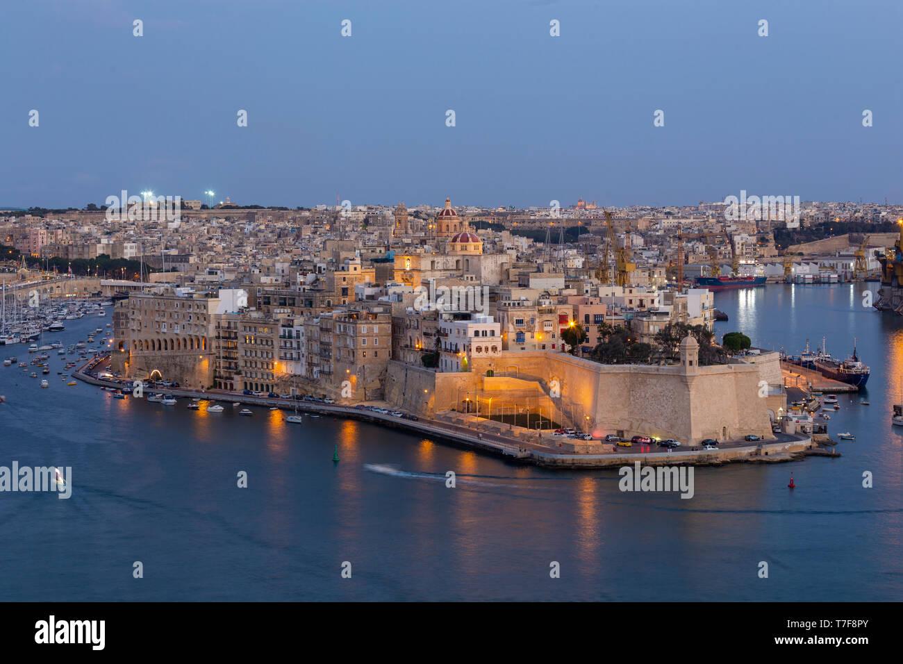 Malta, Malta, Valletta, View of Senglea from Upper Barraka Gardens - Stock Image