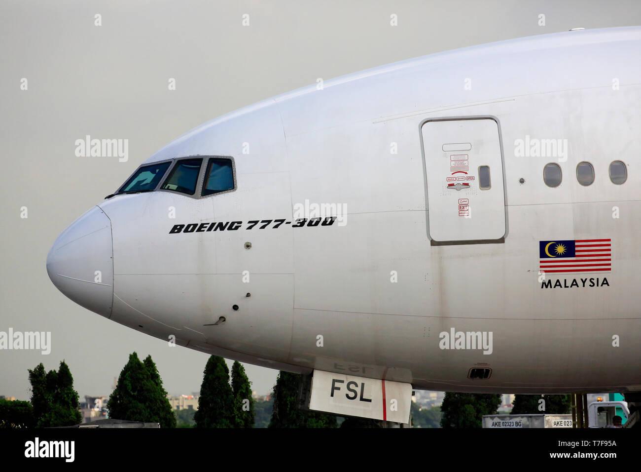 Boeing 777 Aircraft Window Stock Photos & Boeing 777