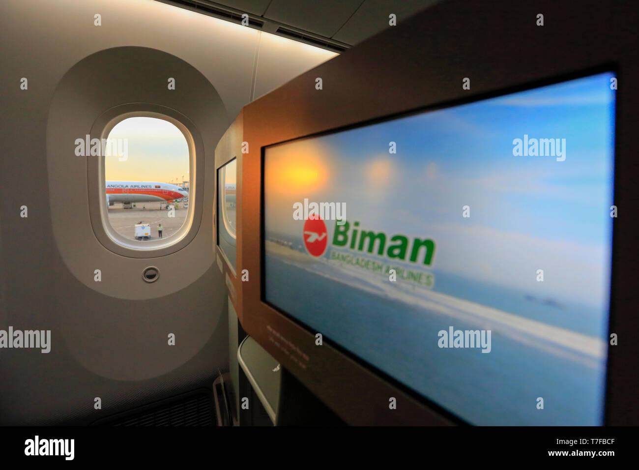 Boeing 787 Dreamliner Interior Stock Photos & Boeing 787 Dreamliner