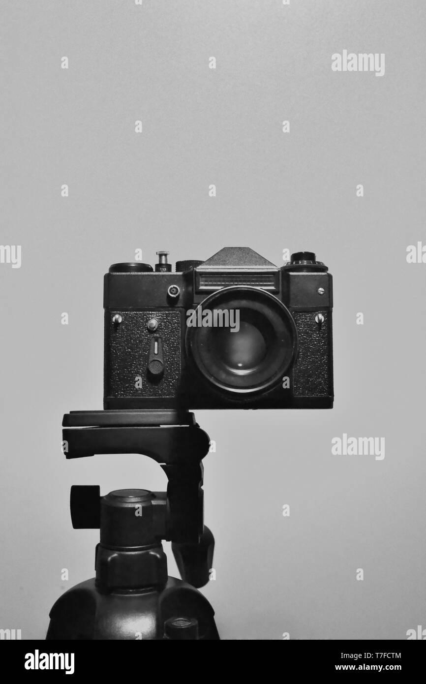 35mm slr camera on the tripod - Stock Image