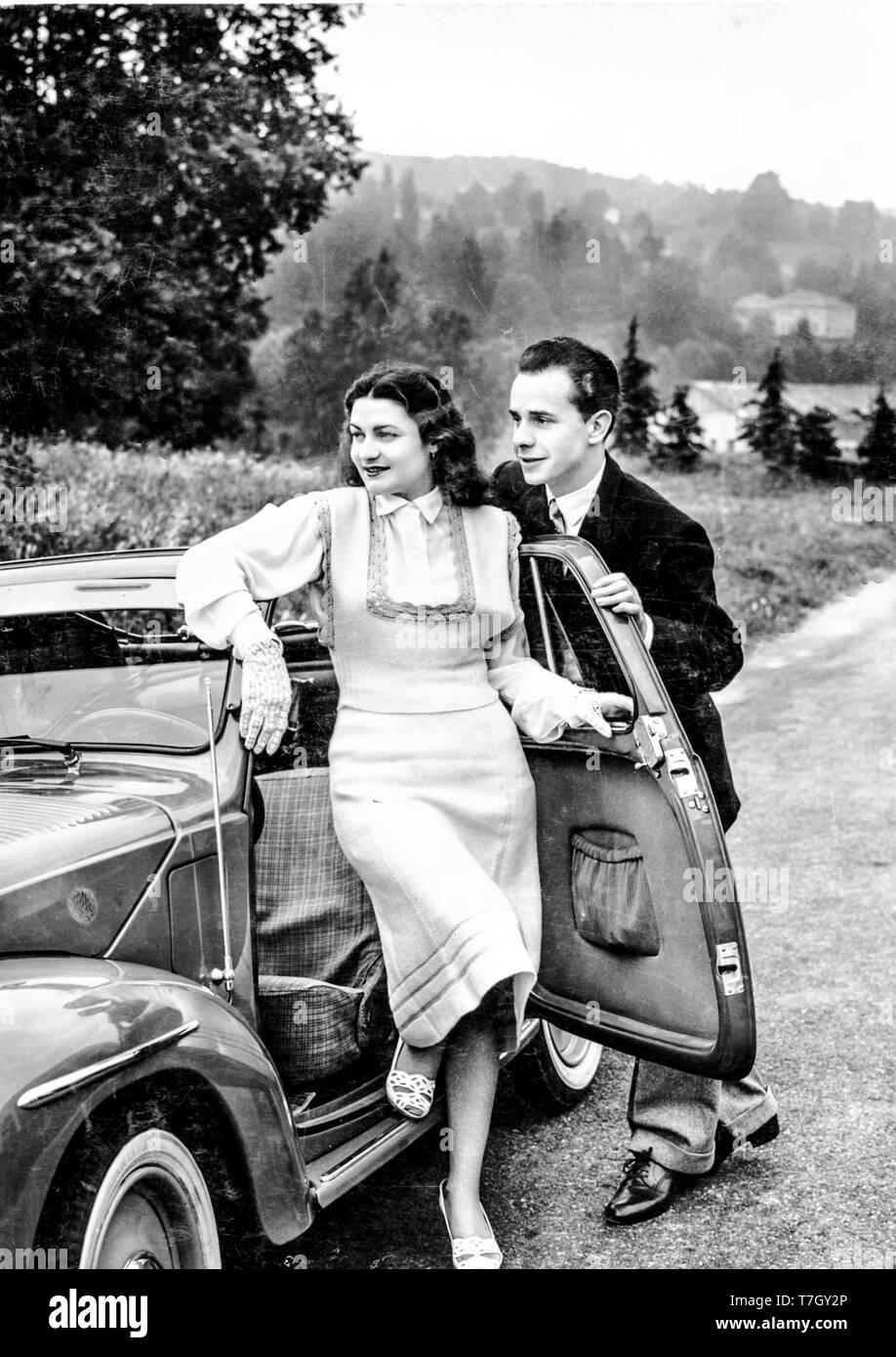 couple, car, 50s Stock Photo - Alamy