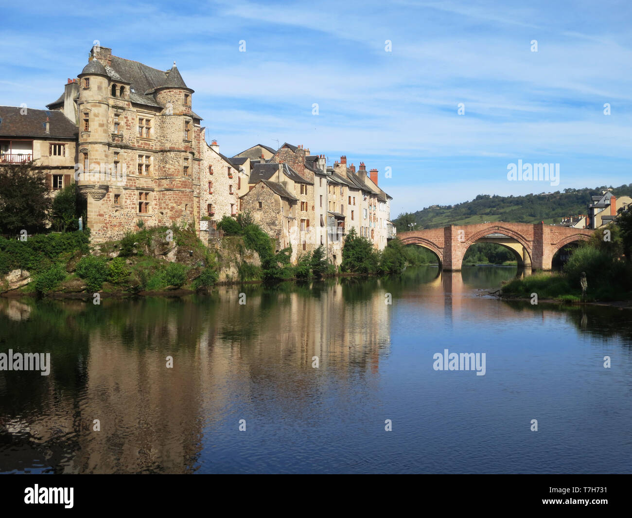 Town of Estaing along the GR 65, Via Podiensis, also know as Le Puy Route, in southern France. French part of the Camino de Santiago. - Stock Image