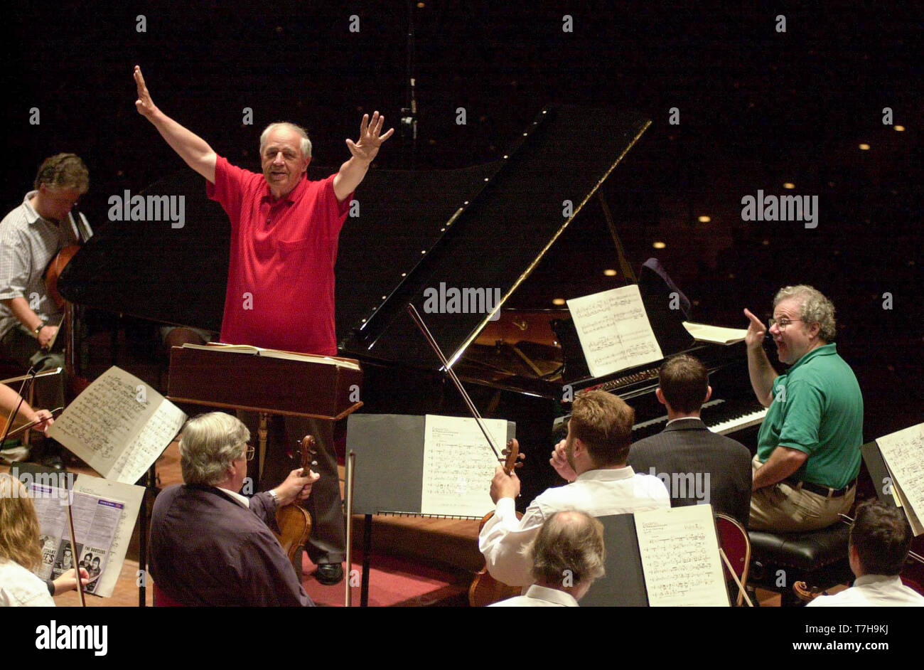 World famous conductor Pierre Boulez conducts the London Symphony Orchestra and pianist Emmanuel Ax during rehearsals for tonights performance of Boulez 2000 at Edinburghs Usher Hall as part of the International Festival. 24/8/2000. - Stock Image