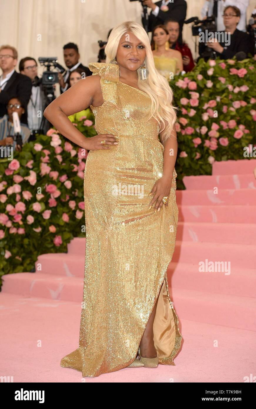 New York Ny Usa 6th May 2019 Mindy Kaling At Arrivals For Camp Notes On Fashion Met Gala Costume Institute Annual Benefit Part 5 Metropolitan Museum Of Art New York Ny