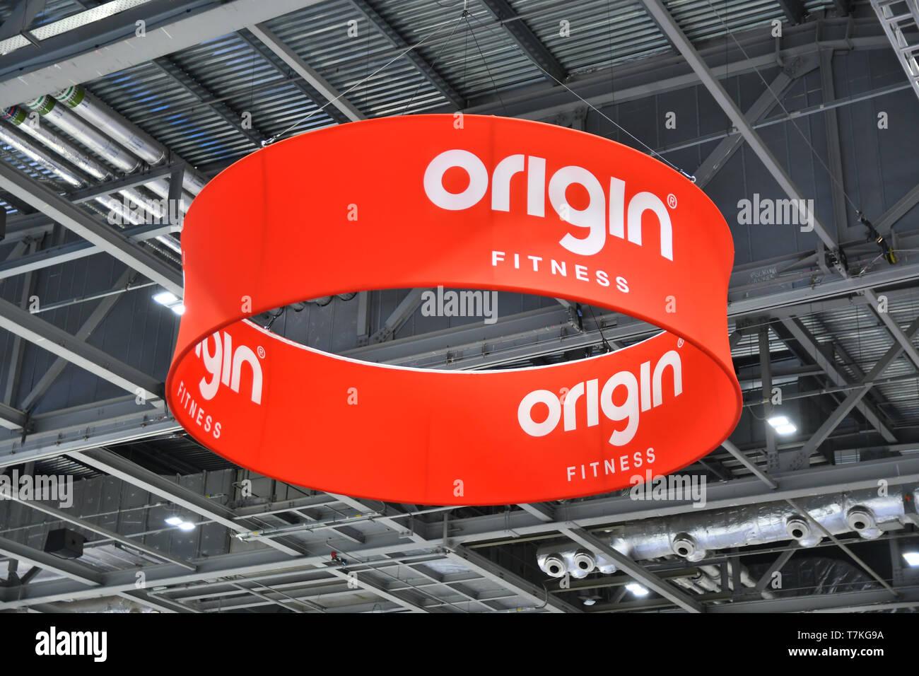 London, UK  8th May, 2019  Origin Fitness weight lifting