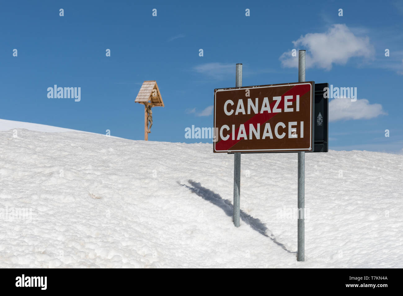End of Canazei road sign at the Pordoi Pass, Dolomites, Italy - Stock Image