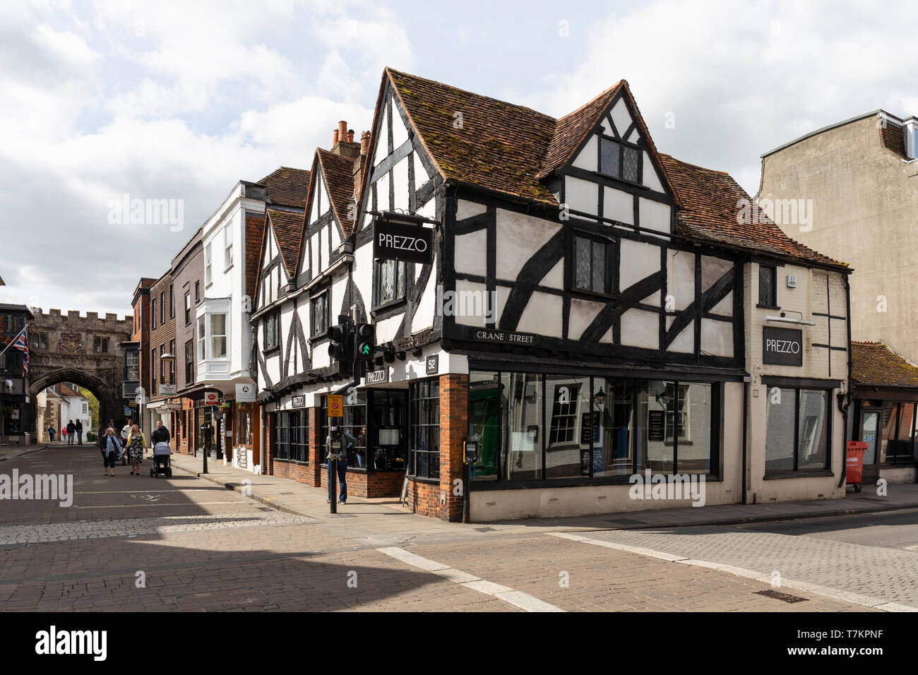 Prezzo Italian Restaurant in  a Grade II* Listed Building situated in Salisbury High Street, Wiltshire, UK - Stock Image