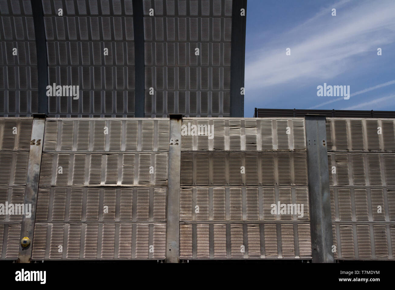 Metal sound-proofing walls on the Tomei Expressway in Tokyo, Japan. Sunday May 5th 2019 - Stock Image